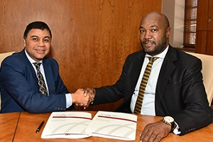 Funding of R8.7 million for skills development in manufacturing and teacher training signed over to UFS
