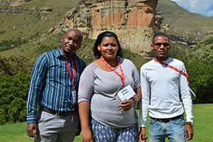 Young researchers highlight biodiversity of Golden Gate at international colloquium
