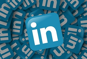 How to use Linkedin to get noticed