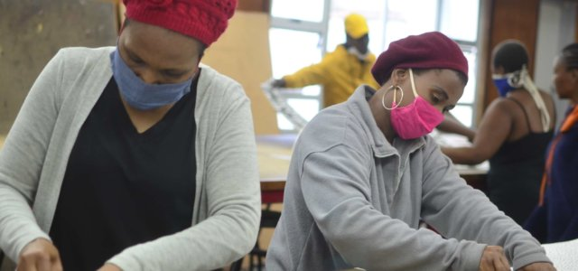 WSU students produce 2,000 masks in Covid-19 battle